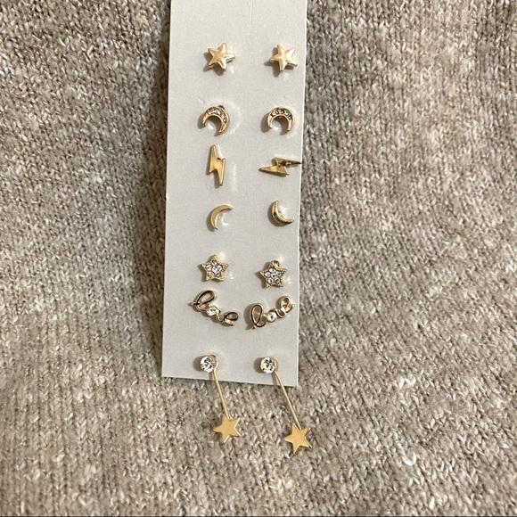 BP. 7-Pair Set Mixed Earrings